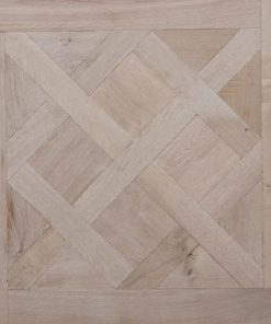 Large traditional oak Parquet Versailles
