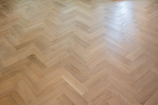 Solid oak Herringbone wood blocks - London stock - 70mm x 22mm x 230mm
