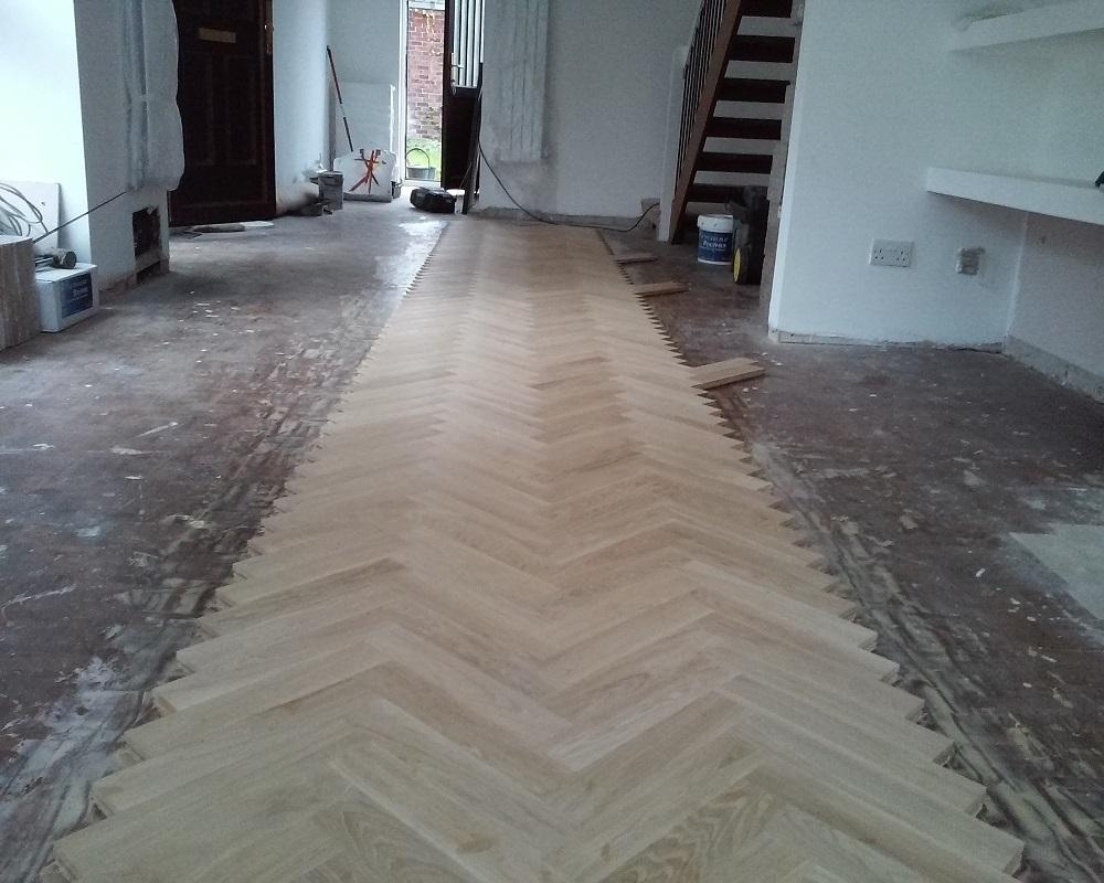 Solid Oak Herringbone Wood Blocks London Stock 70mm X 22mm X 350mm on Quarter Sawn Flooring