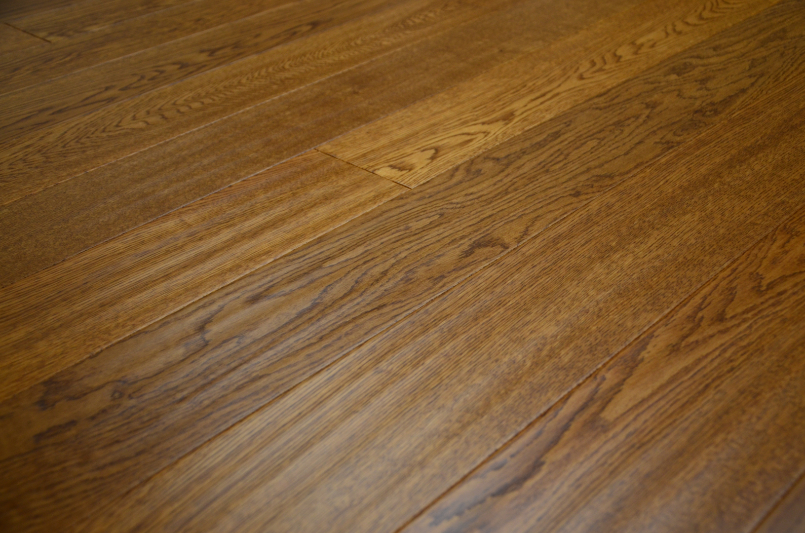 Plantation wharf engineered oak floor sculptured and for Engineered oak flooring