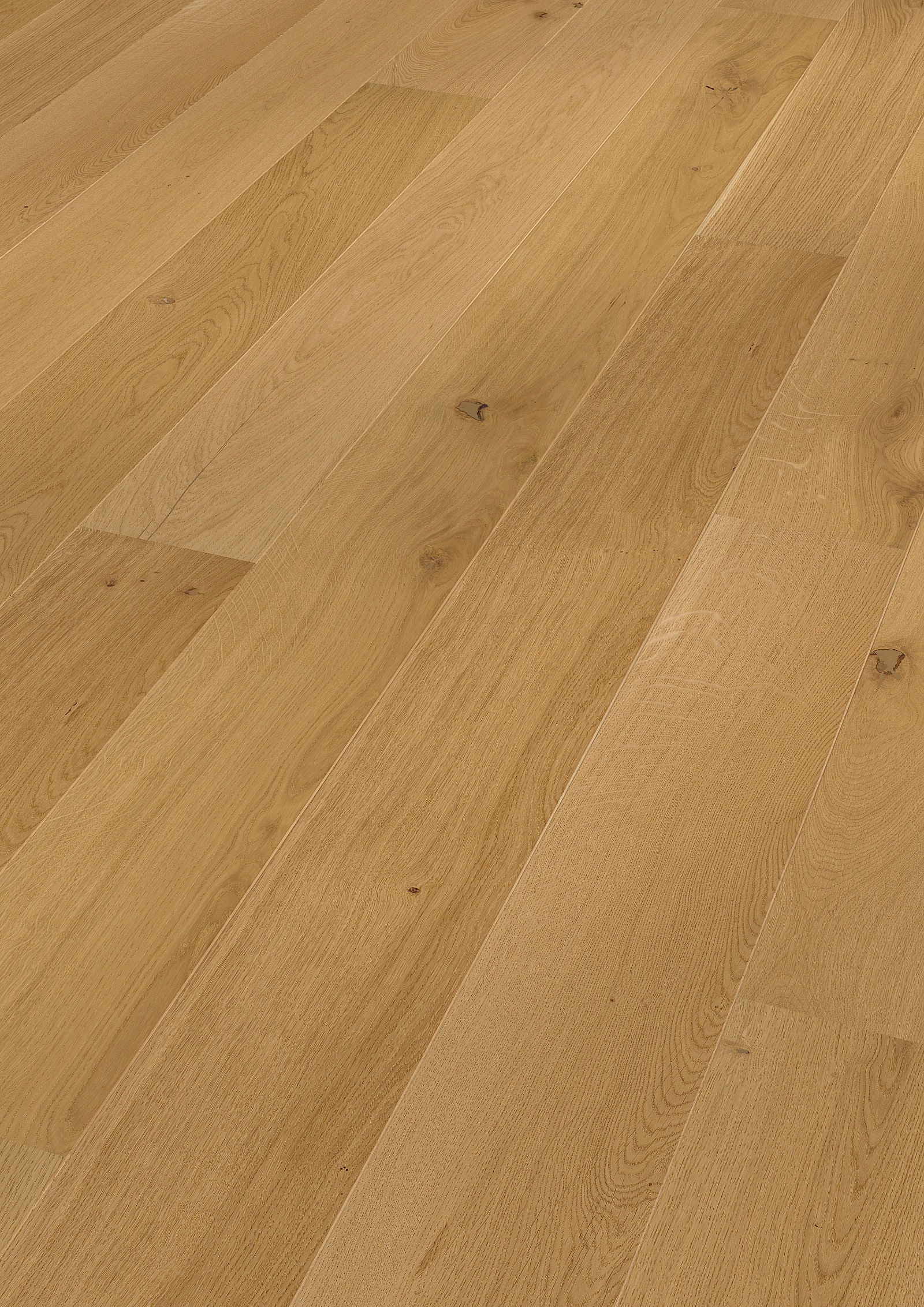Long Plank Oak German engineered flooring Brushed and Oiled 180mm – patented click system – London Stock