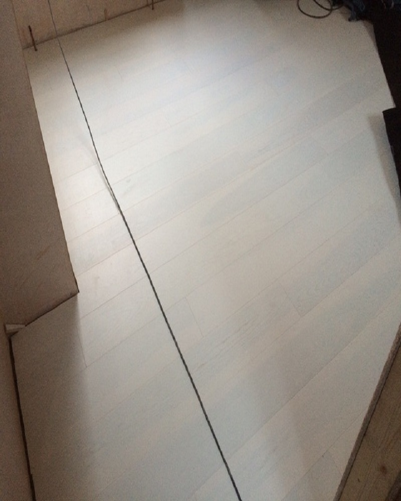 White Ash Wood Flooring ~ White ash brushed and lacquered engineered flooring london