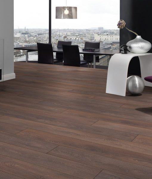 Walnut flooring nice walnut flooring walnut walnut garden for Laminate flooring london