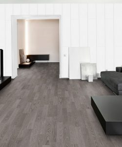 L900 Ironforge robust oak laminate floor – London Stock – 193mm