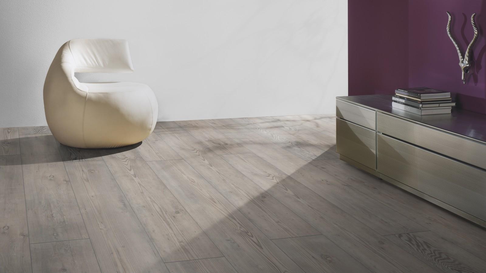 Laminate long boards pine grey london distributors for for Laminate flooring london