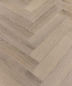 DUSKY OAK Laminated oak herringbone wood blocks