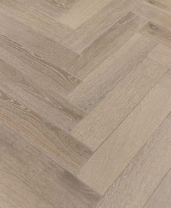 DUSKY OAK Laminated oak herringbone wood blocks – London Stock -101mm x 12.3mm x 606mm – easy fit click lock system