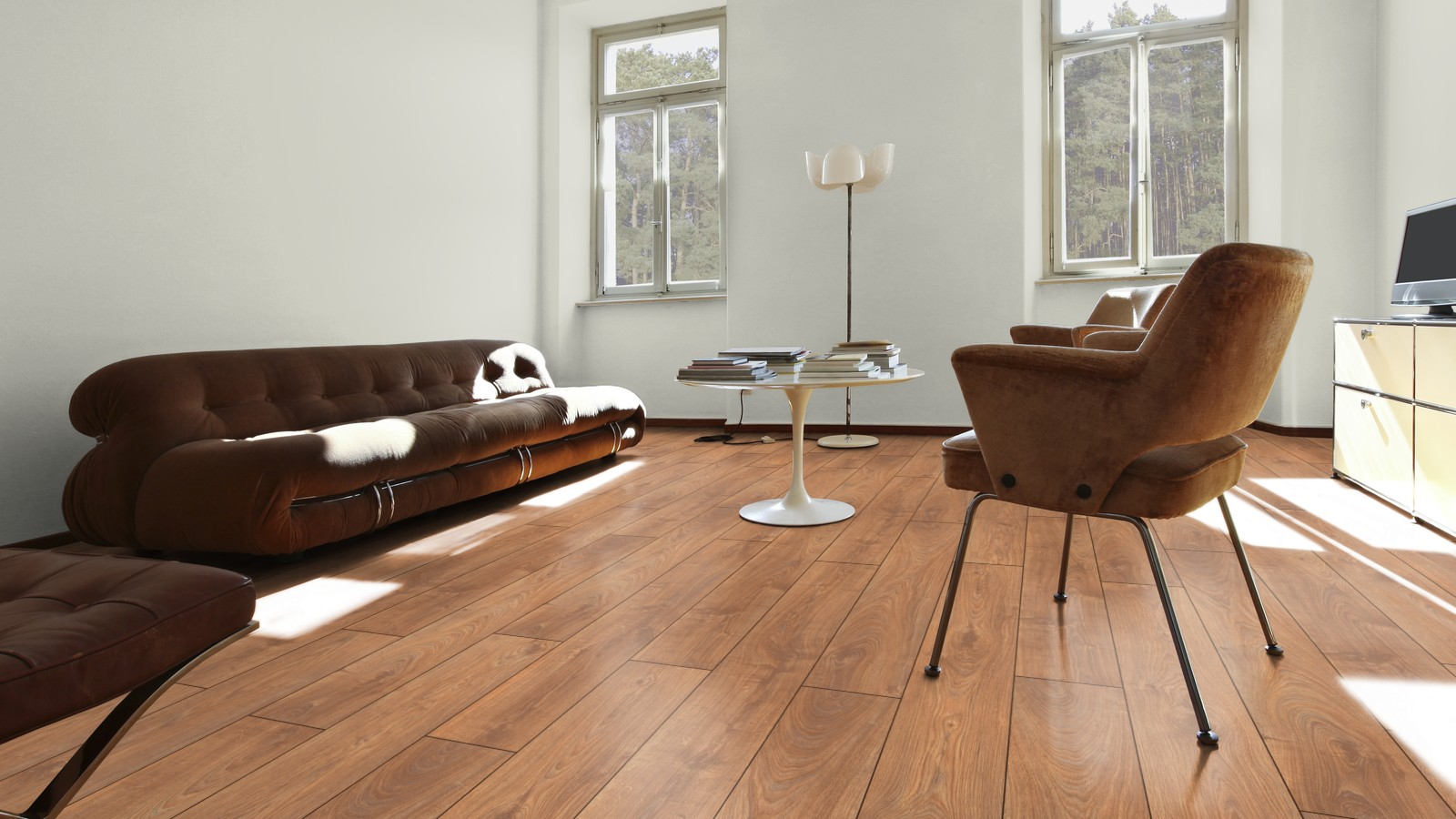 Flowing oak villeroy boch london premium laminate for Laminate flooring london