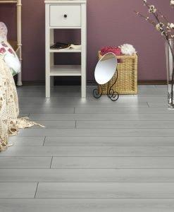 L5500 - Current Oak Villeroy & Boch London Premium Laminate Flooring - Wood4Floors