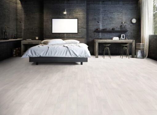 LA02 - ter Hürne Oak Pearl White Laminate Plank - Bedroom