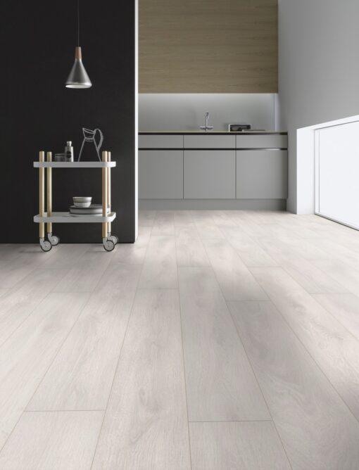 LA02 - ter Hürne Oak Pearl White Laminate Plank - Kitchen