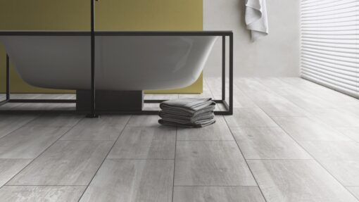 LA02a - ter Hürne Old Wood White Grey Laminate Tile - Bathroom