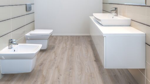 LA07 - ter Hürne Oak Light Grey Laminate Long Plank - Bathroom