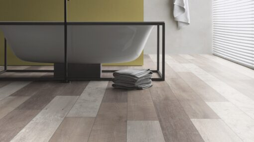 LA11 - ter Hürne Old Wood Vario Laminate Plank - Bathroom