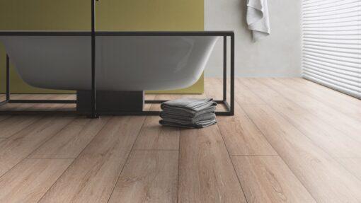 LB03 - ter Hürne Oak Nordic Brown Laminate Long Plank - Bathroom