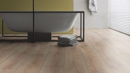 LB05 - ter Hürne Oak Light Brown Laminate Wide Plank - Bathroom