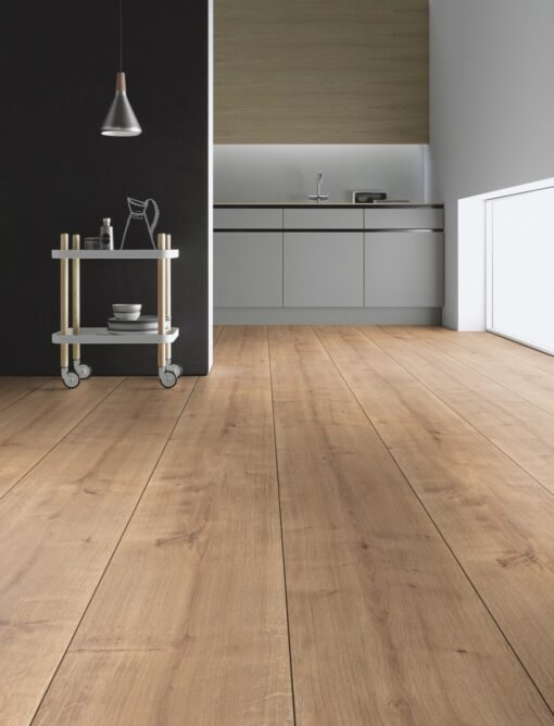 LB06 - ter Hürne Oak Cumberland Pale Brown Laminate Extra-Wide Plank - Kitchen