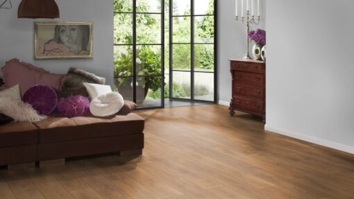 LB08 - ter Hürne Oak October Brown Laminate Plank - Bedroom