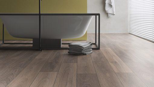 LD02 - ter Hürne Oak Grey Beige Laminate Plank - Bathroom