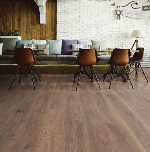 LD07 - ter Hürne Oak Reed Brown Laminate Long Plank - Living Room