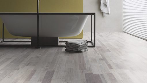 LE02 - ter Hürne Oak-Mix Contrast Beige Laminate Multi Strip - Bathroom