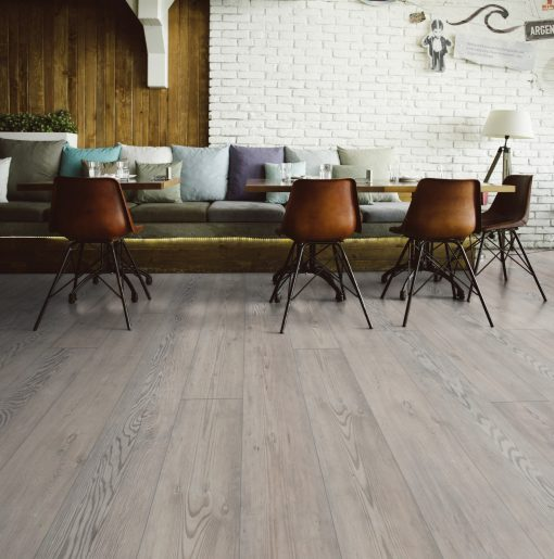 LE03 - ter Hürne Oak Rock Grey Laminate Long Plank - Living Room