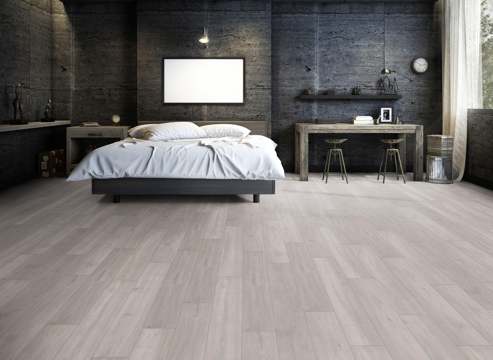 Le04 Ter Hürne Oak Silver Grey Laminate Plank Bedroom