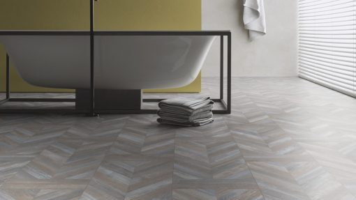 LE08 - ter Hürne Oak Antique Grey Brown Laminate Herringbone - Bathroom