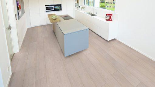 LT02 - ter Hürne Oak Tea House Laminate Wide Plank - Kitchen
