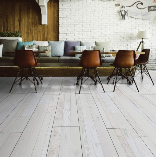 LT03 - ter Hürne Oak Hotel California Laminate Wide Plank - Living Room