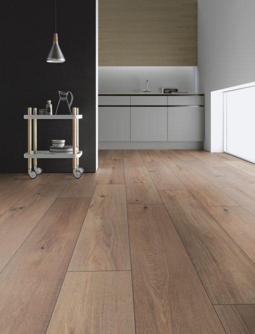 LT10 - ter Hürne Oak Whisky Lounge Laminate Wide Plank - Kitchen
