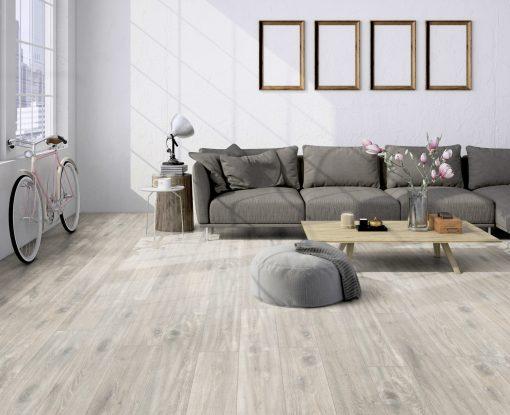 LT14 - ter Hürne Oak Loft Laminate Plank - Living Room