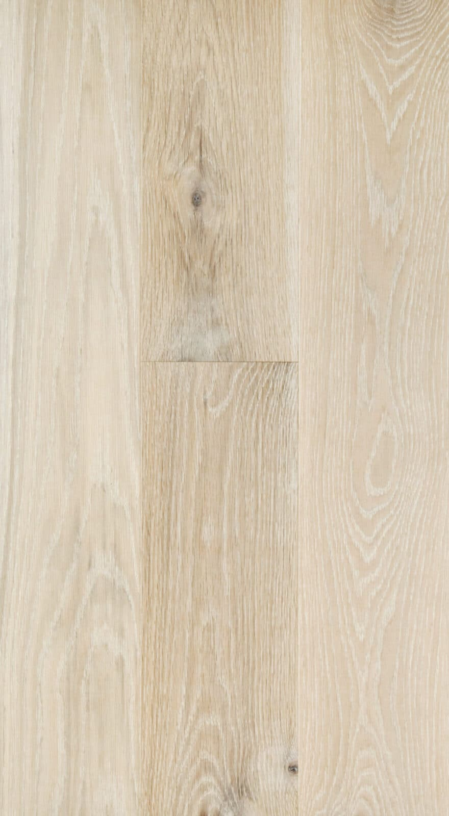 White Mountain Engineered Oak Flooring Lightly Brushed Matt Lacquered